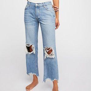 NWOT Free People Maggie Mid-Rise Straight Leg Jean